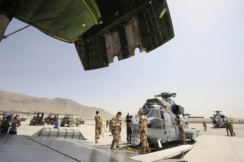 Desembarque do EC-725 em Kabul