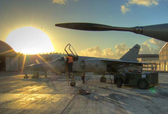 amanhecer-em-gando-mirage-f-1-campanha-dact-foto-alfonso-vicente-lopez-soriano-forca-aerea-espanhola
