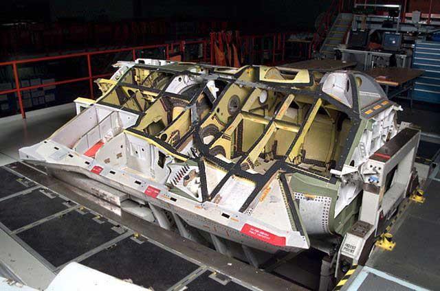 f-35-prototipo-estrutura-secao-fuselagem-foto-jsf-website
