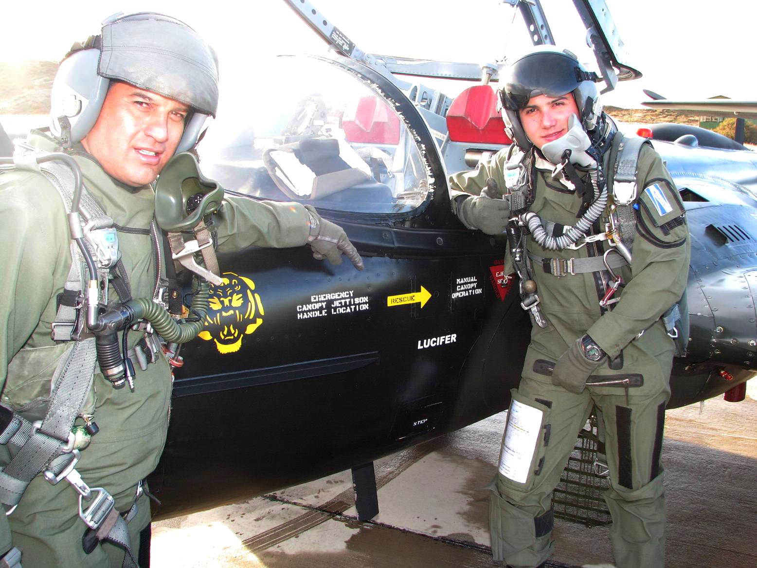 a-37-pilotos-chilenos-e-equatorianos-foto-fach