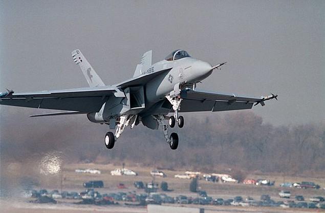 Liberacion de Mirage 2000-5 ex AdA para el mercado de segunda mano? - Página 18 F-18-super-hornet-foto-boeing1