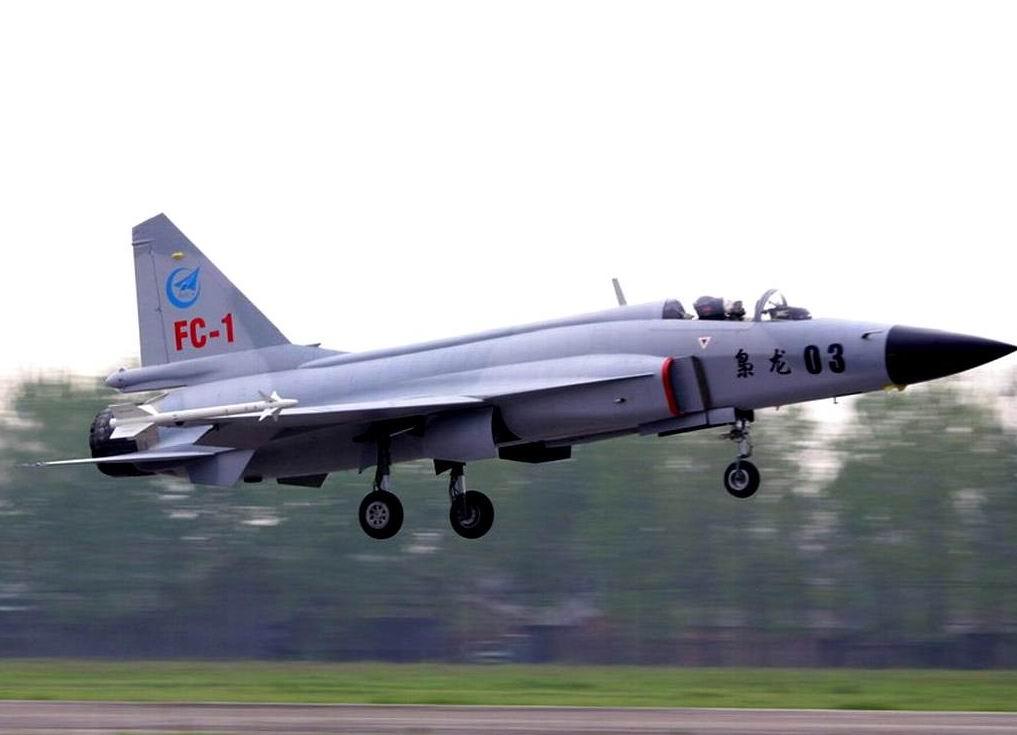 A China tenta vender os seus aviões Chengdu FC-1/JF-17 e J-10 no mercado internacional