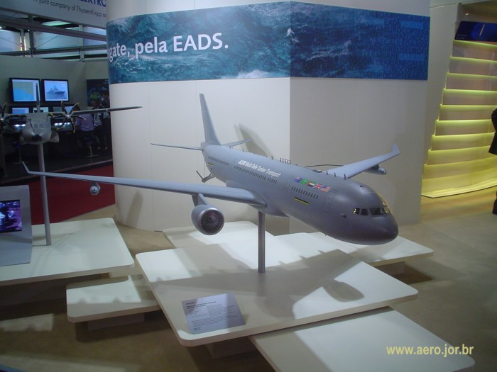kc-45-foto_poder_aereo