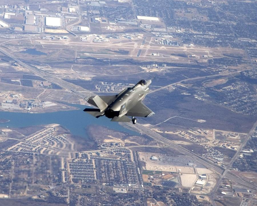 F-35 protótipo - foto USAF
