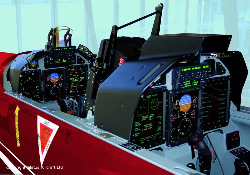 PC-21-cockpit - foto Pilatus aircraft
