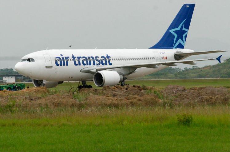 Air Transat sai da pista - foto C Amy - Futura Press