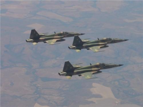 trio_F-5E-fotoFAB