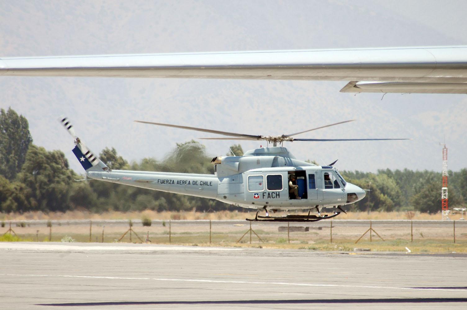 Bell 412 Chile - foto FACH