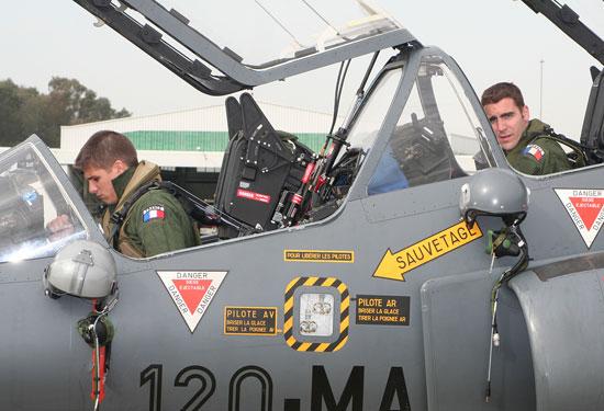 Alphajet francês em intercâmbio com espanhóis - foto Ejército del Aire