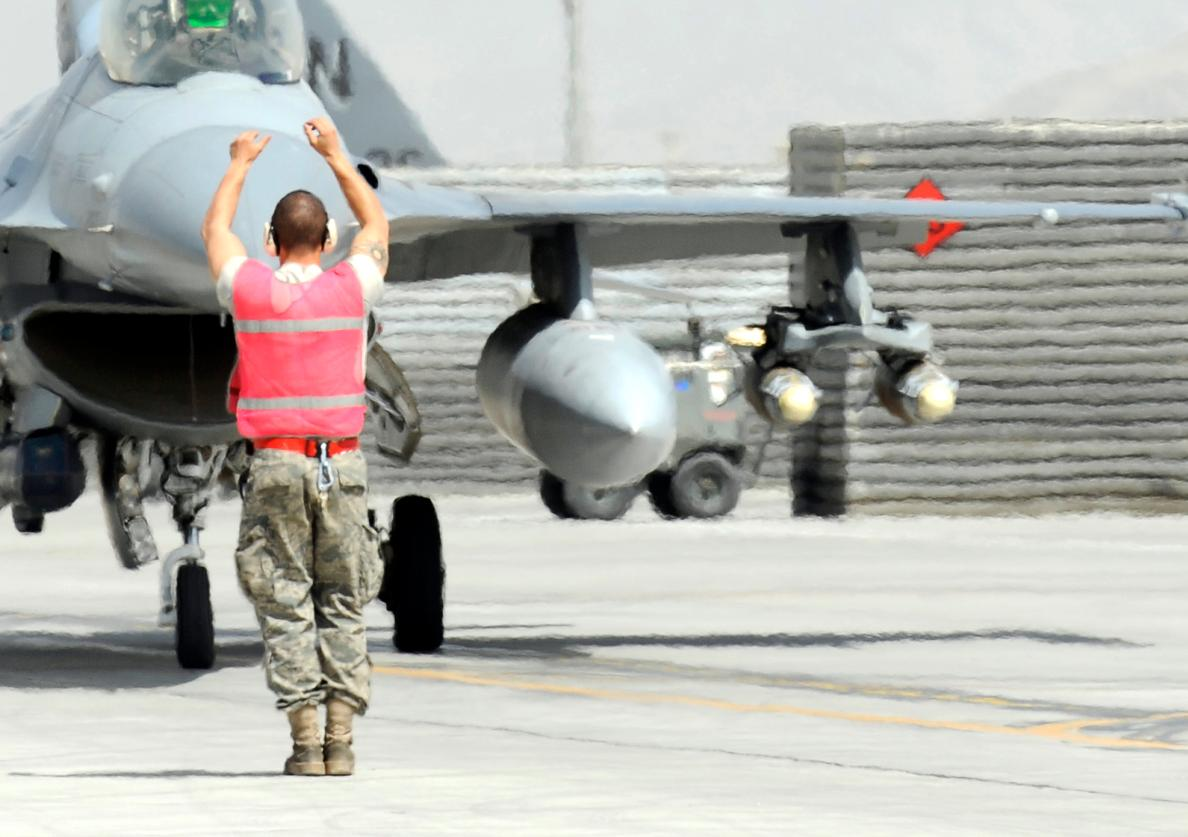 F-16 34th Expeditionary Fighter Squadron at Bagram - foto 3 USAF