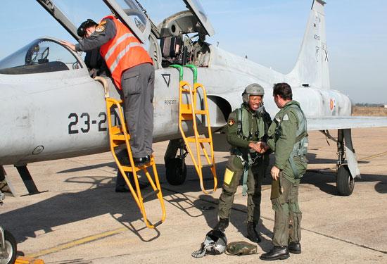 F-5M espanhol em intercâmbio com franceses - foto Ejército del Aire