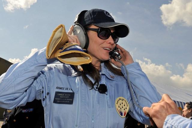 Carla Bruni - Madrinha Patrouille de France - foto 4 Patrouille de France