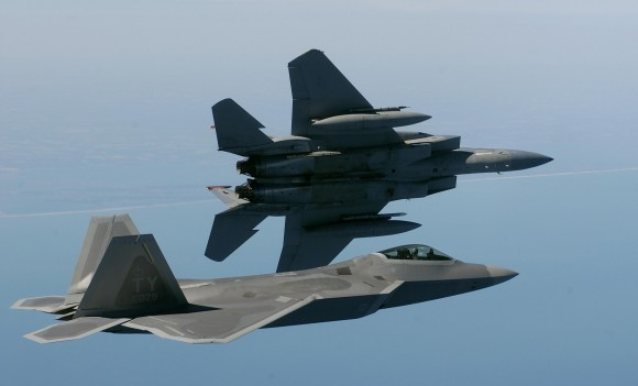 F-15 e F-22