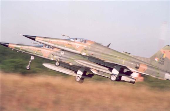 F-5-foto-FAB
