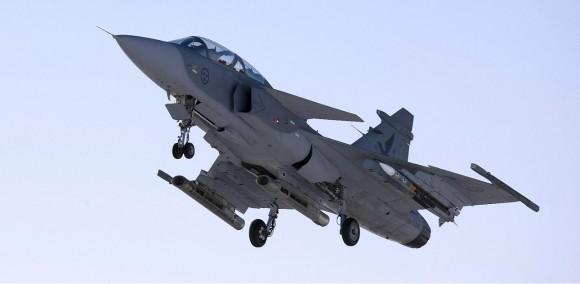 SAAB-Gripen-fighter-jet-with-Meteor-BVR-missile