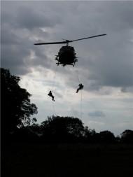 UH-1_vertical_foto-FAB