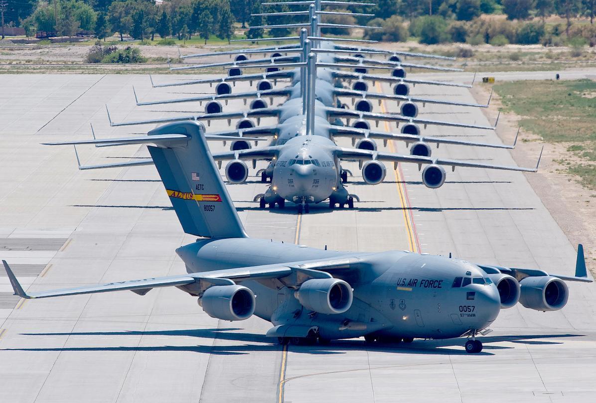 C-17 em Nellis - foto USAF