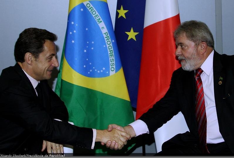 Sarkozy e Lula na 6ª Cúpula América Latina, Caribe e União Europeia - foto Agência Brasil - R Stuckert