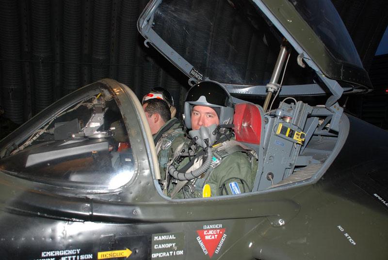 A-37 da FACh deixam IV Brigada - foto 3 FACh