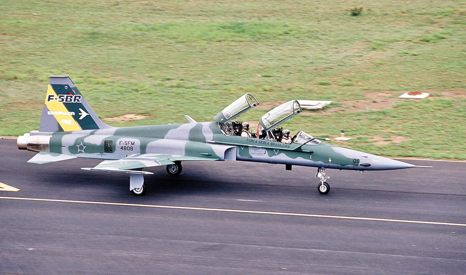 Austrian Air Force - EnglishClass.jp