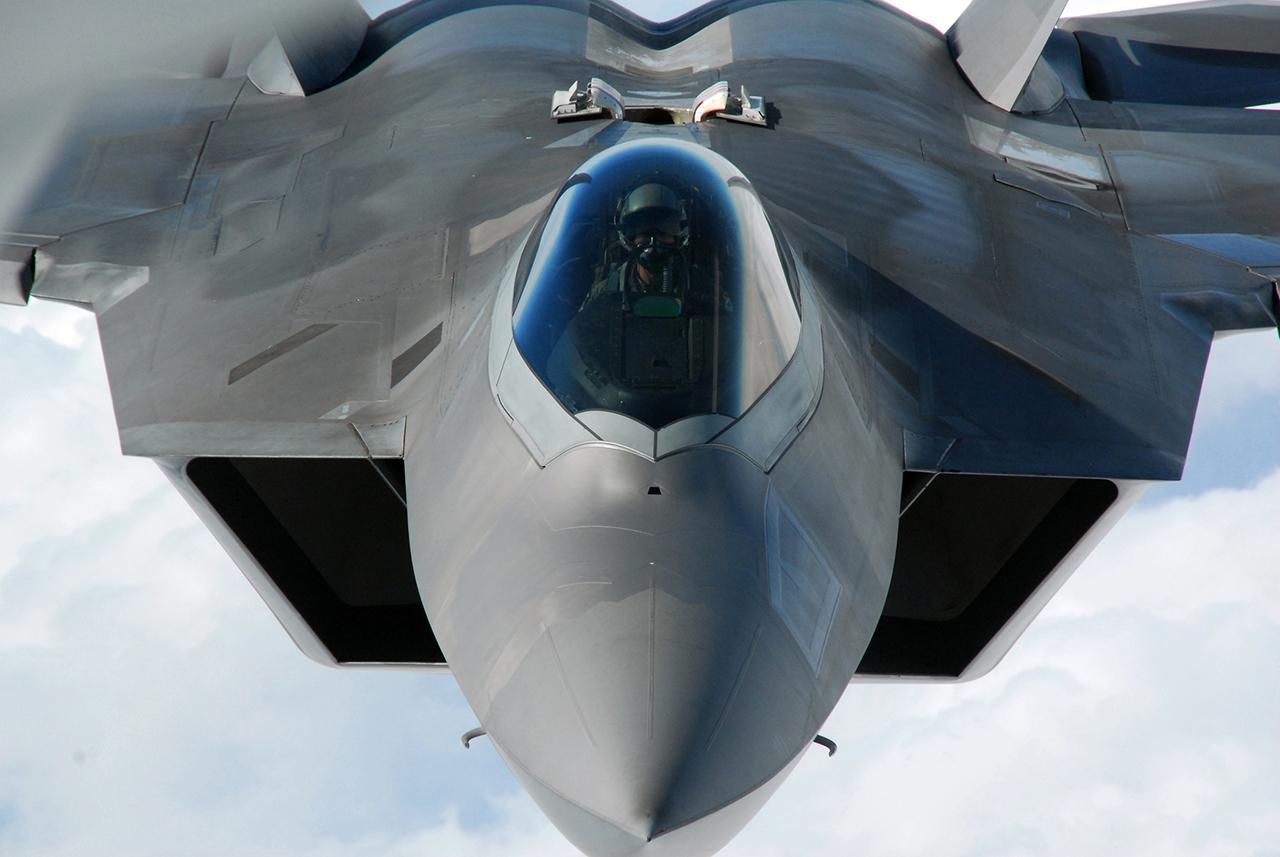 Aereo Da Caccia F 22 Raptor : Cai mais um f raptor poder aéreo forças aéreas