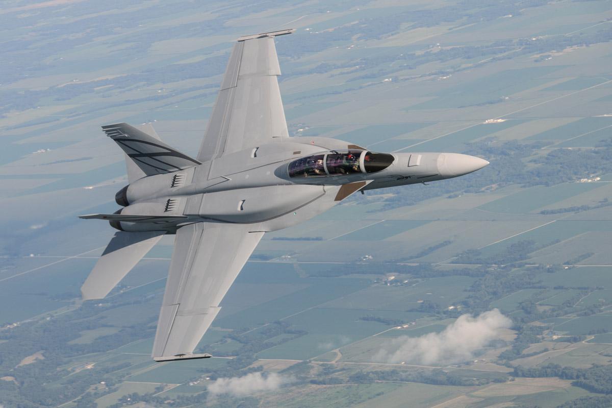 Advanced-Super-Hornet-com-CFT-foto-Boein