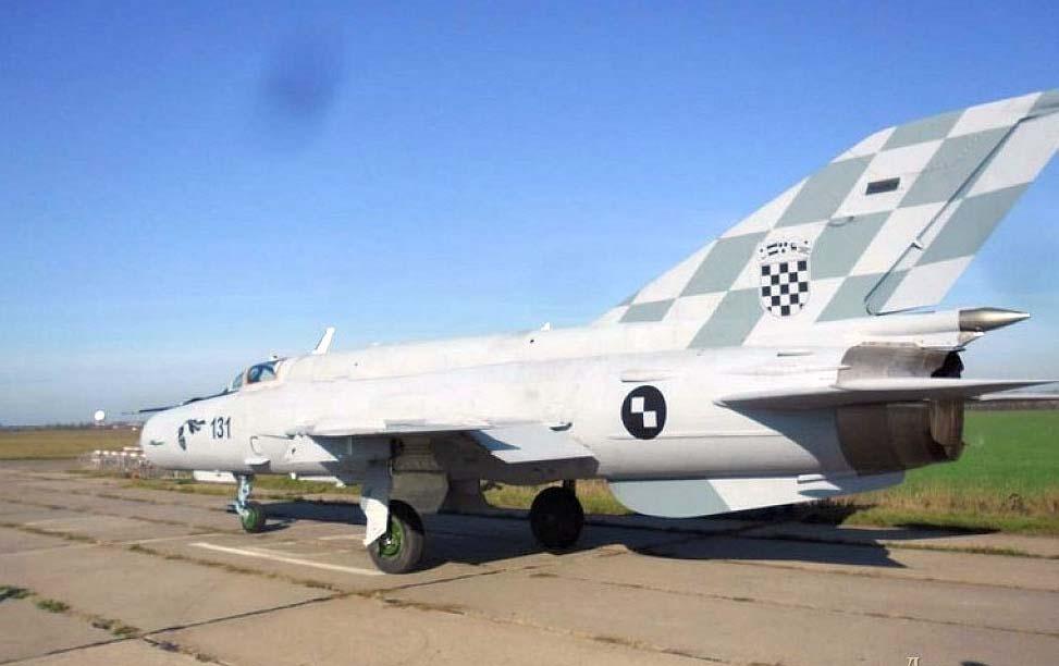 MiG-21-da-Cro%C3%A1cia-reparo-e-atualiza