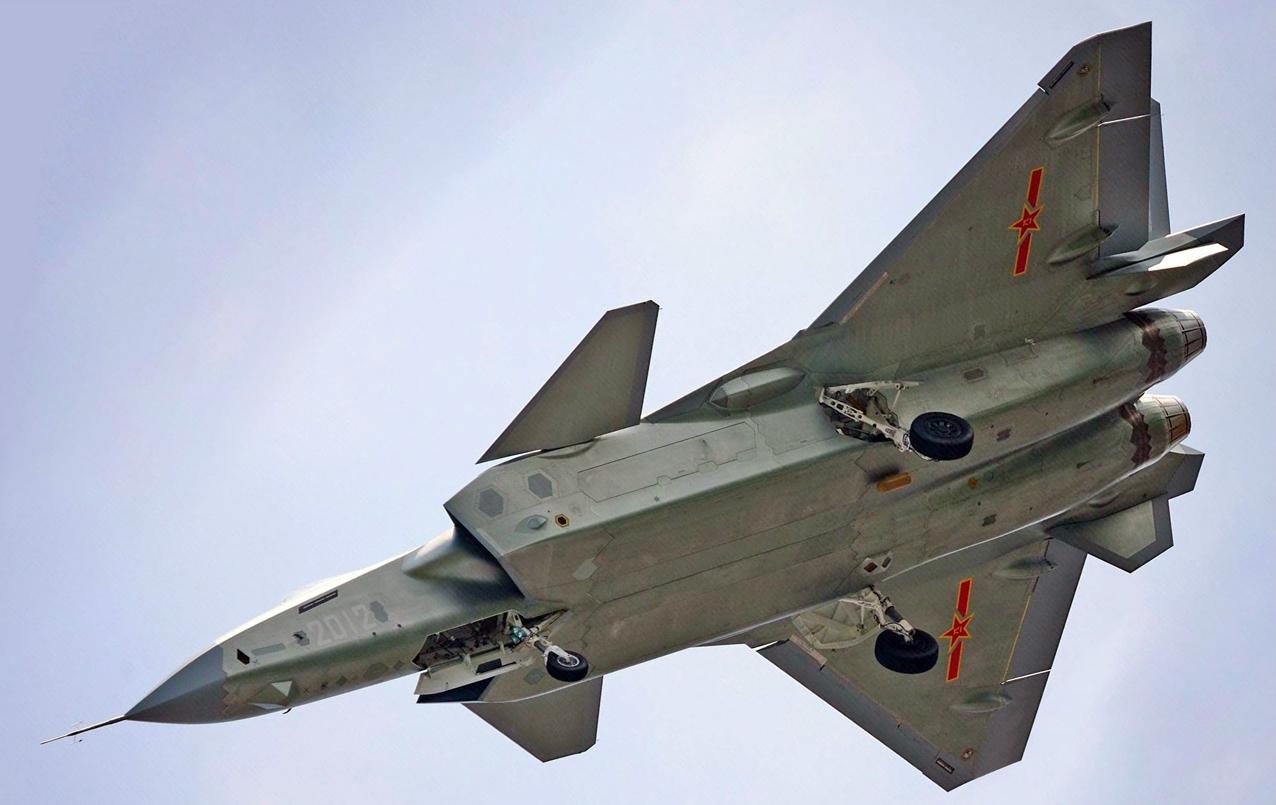 Primeiro caça J-20 de produção? - Poder Aéreo - Forças ...