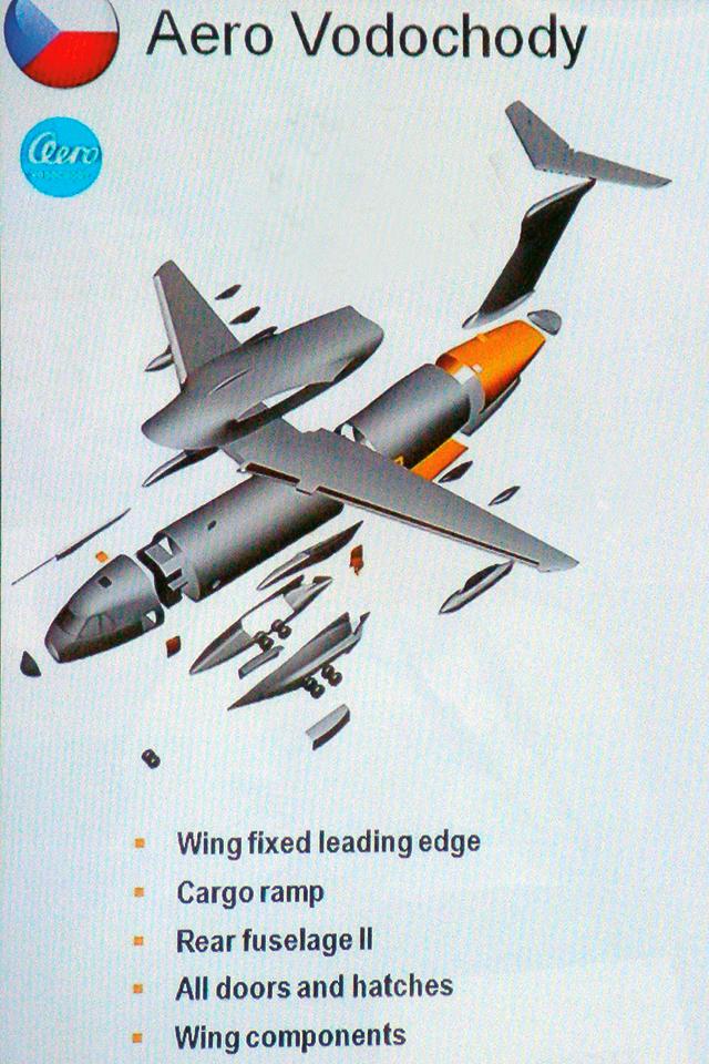 KC-390-Roll-out-FD12-foto-16a-Nun%C3%A3o