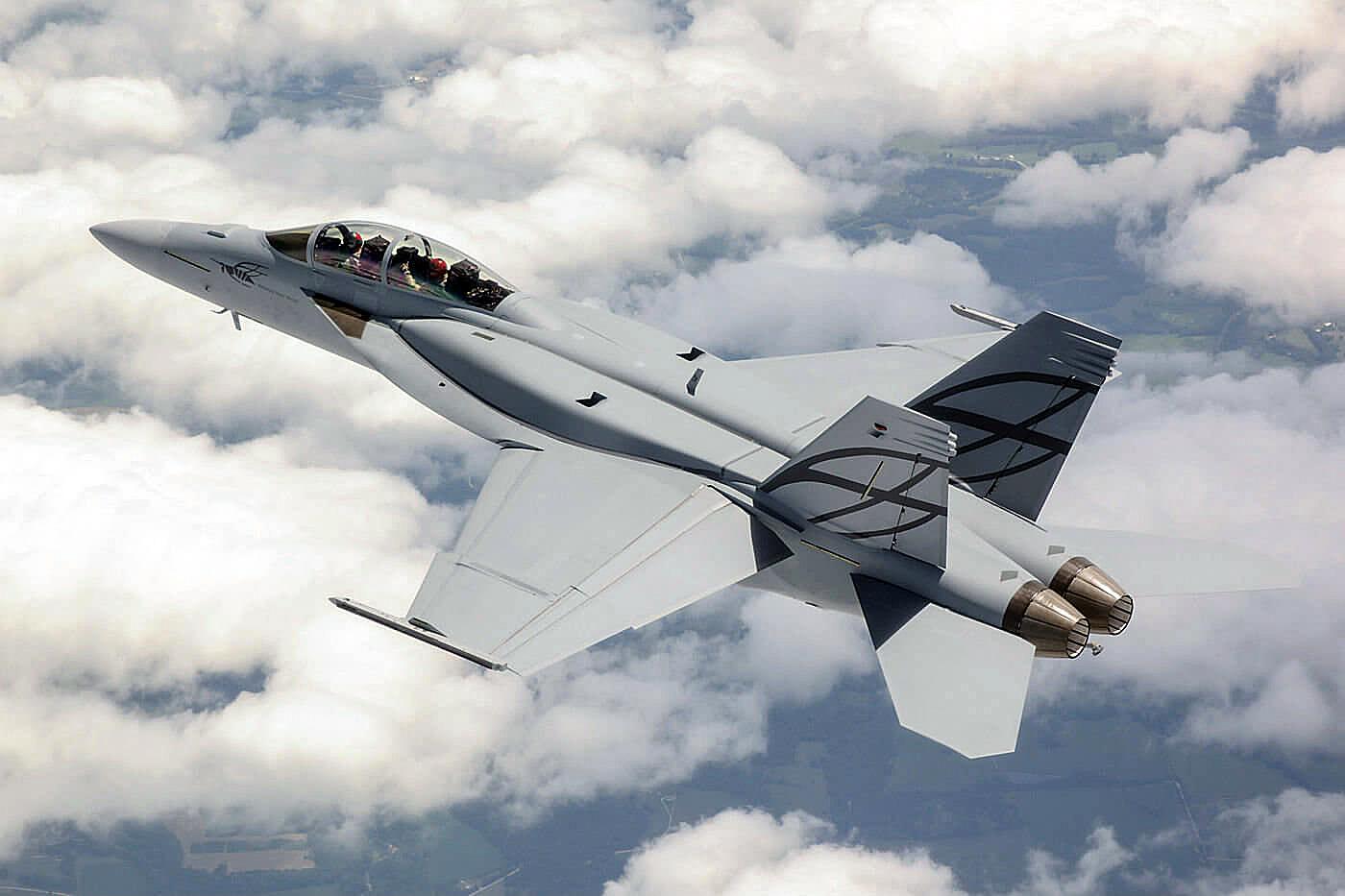 Super-Hornet-Boeing-resize-1400x933.jpg