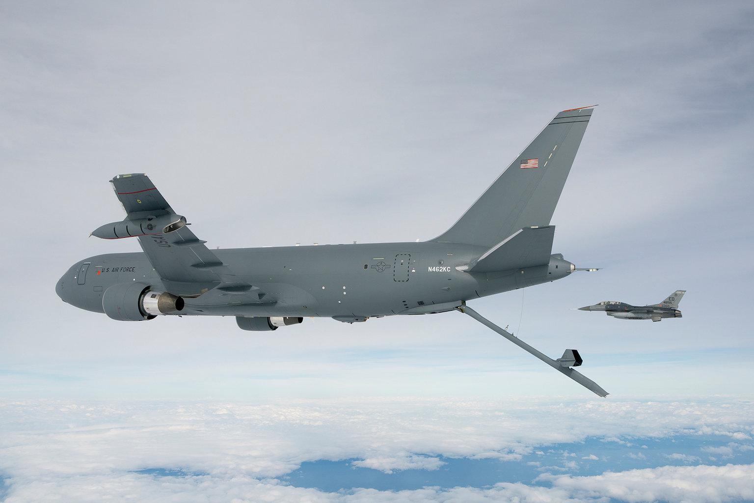 KC-46-e-F-16.jpg