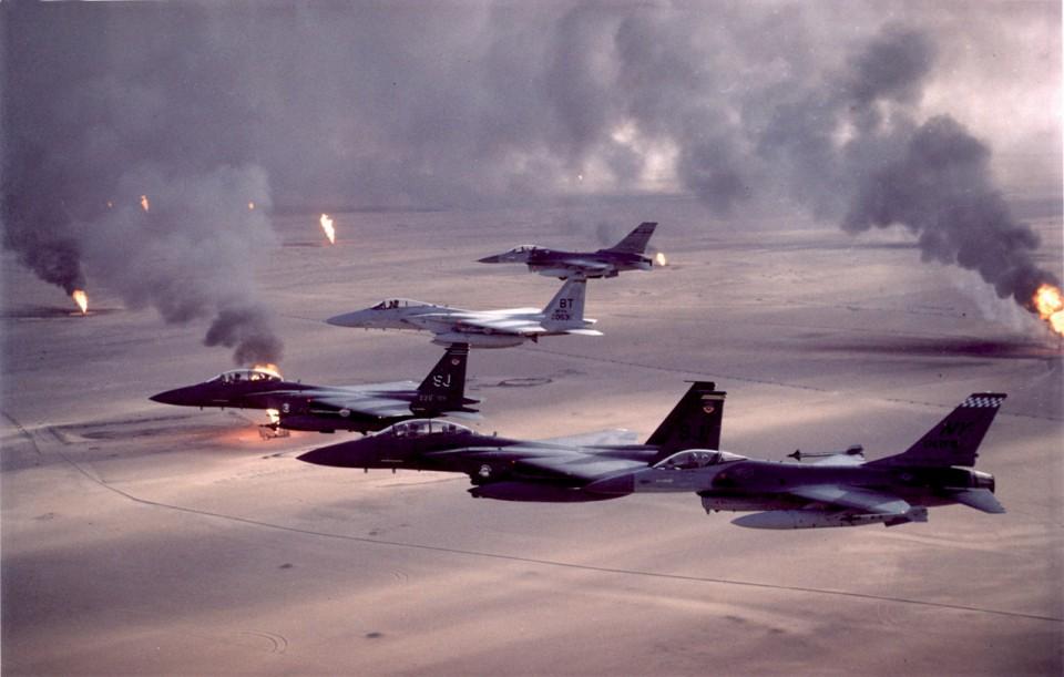 Caças da USAF operando na Primeira Guerra do Golfo, em 1991
