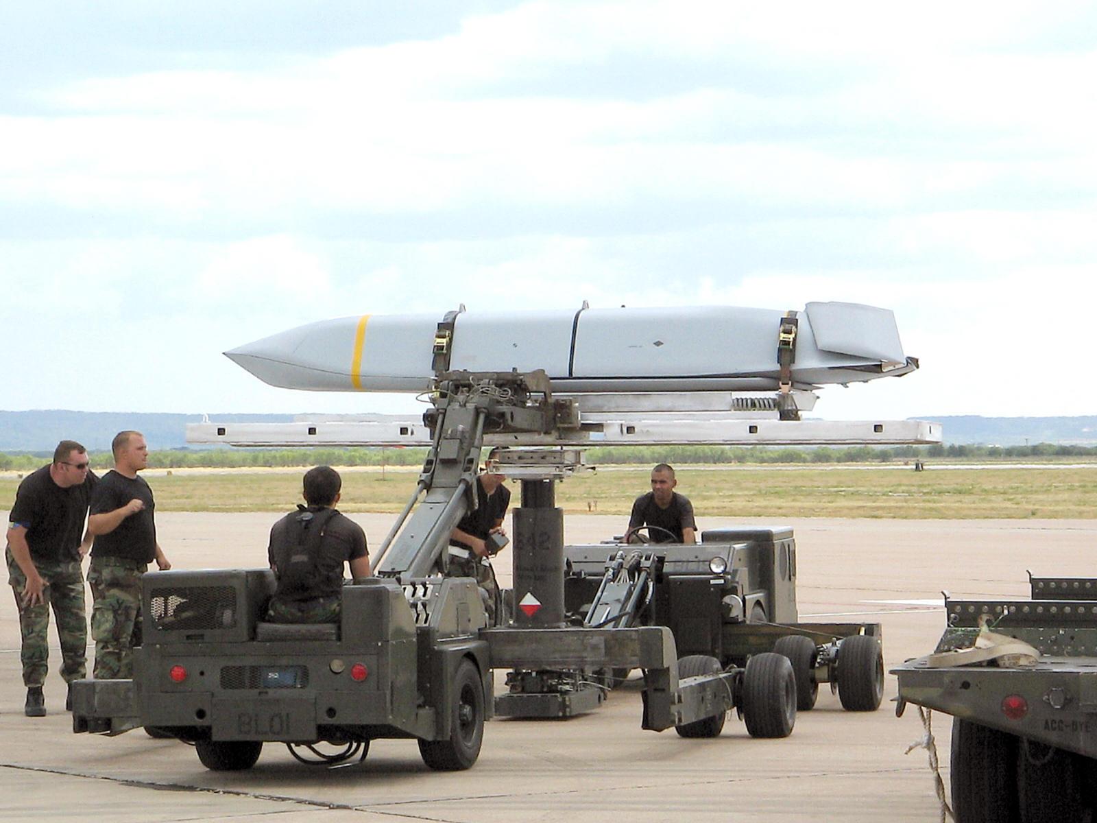 JASSM - foto USAF