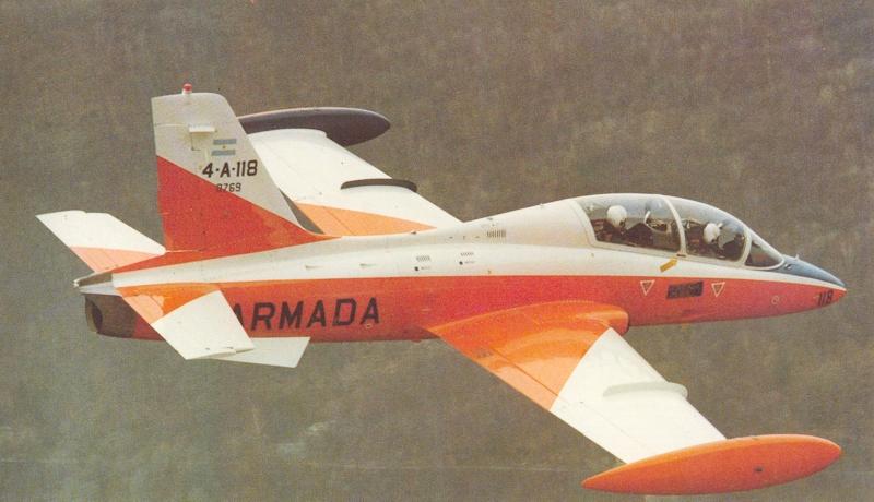 MB339-4-A-118 vermelho e branco