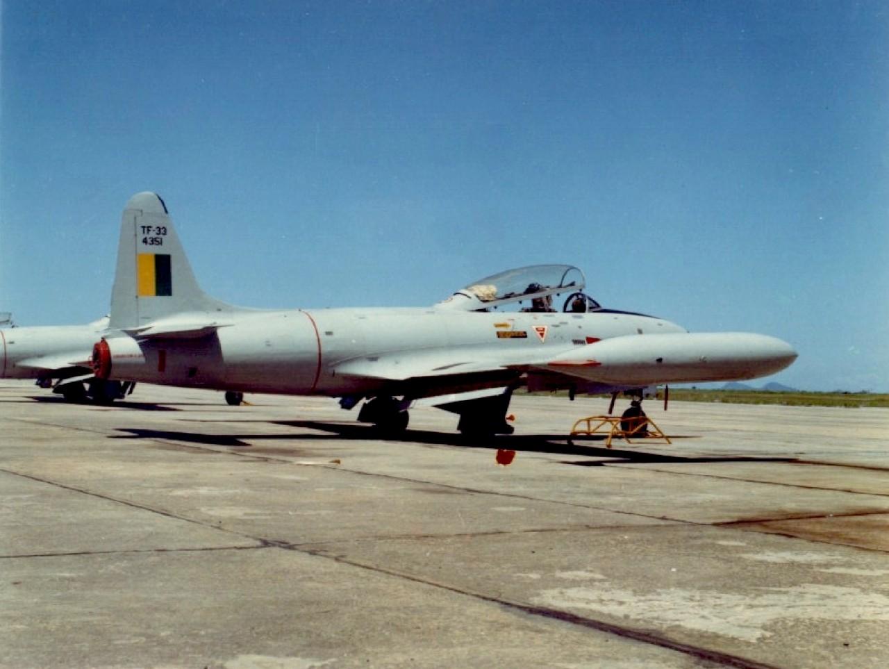 T-33 - Coleção Camazano (2)