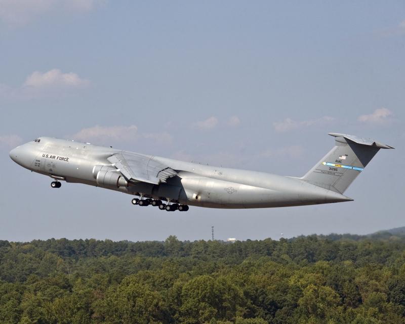 C-5M-1st-production-1st-flight_foto LM