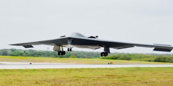 B-2 baseado em Whiteman AFB desdobrado em Andersen AFB Guam - foto 2 USAF