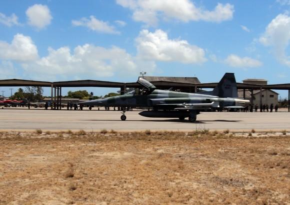 CRUZEX V F-5EM- foto Joker