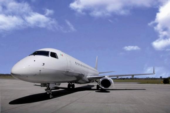 Lineage1000 apresentação 31ago2010- foto 2 Embraer