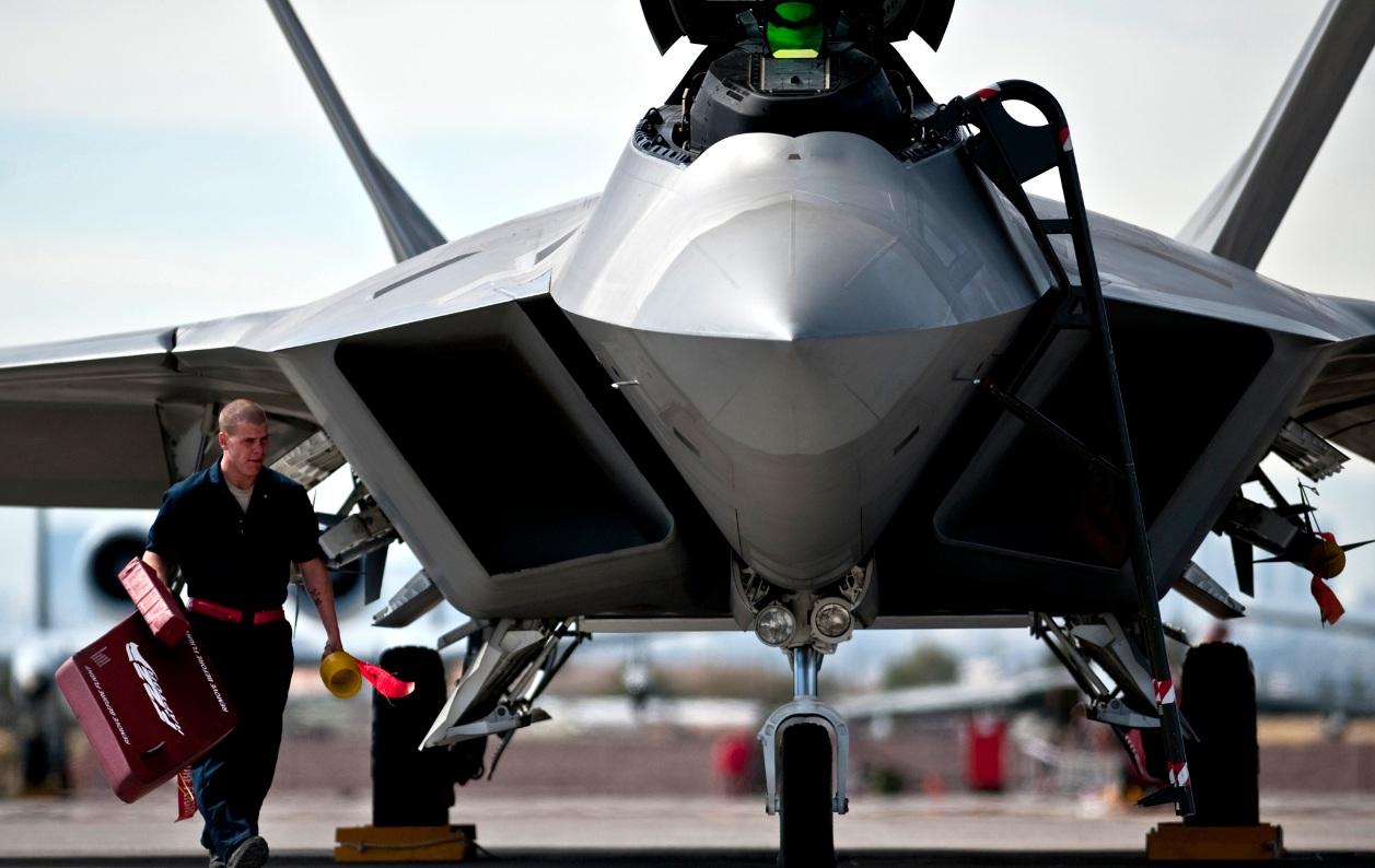 F-22 Raptor de Holloman em Nellis - foto USAF