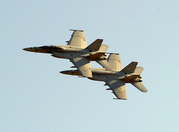 Super Hornets - foto USN