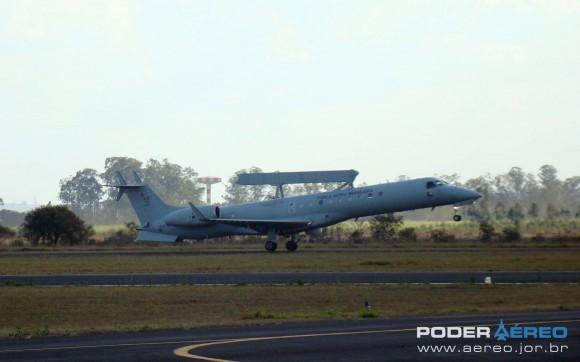 E-99 - Esquadrão Guardião - Domingo Aéreo AFA 2011 - foto 2 Nunão Poder Aéreo