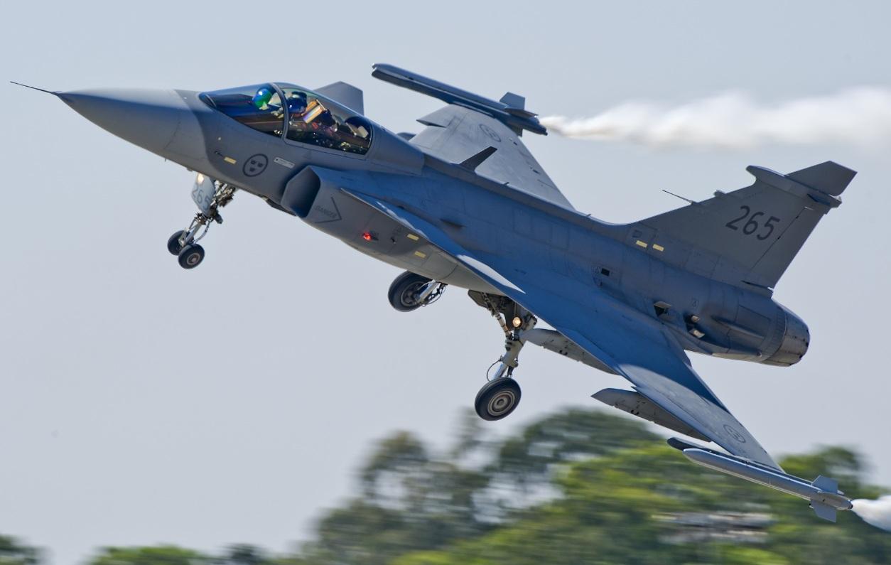 Gripen em exibição no Aero India - foto 2 Frans Dely - copyright Saab