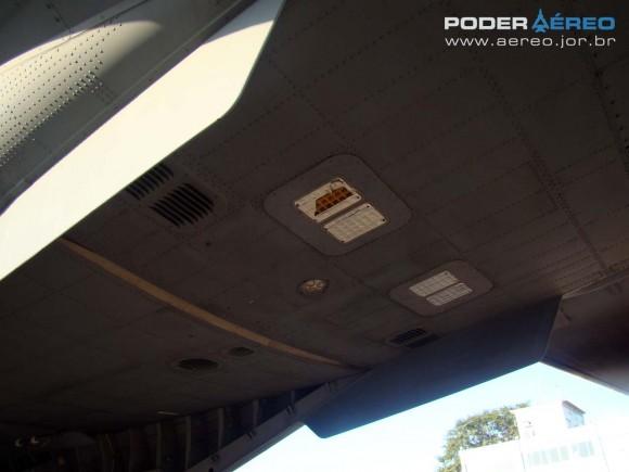 SC-105 FAB parte inferior da cauda - Esquadrão Pelicano - Domingo Aéreo AFA 2011 - foto 8 Nunão Poder Aéreo