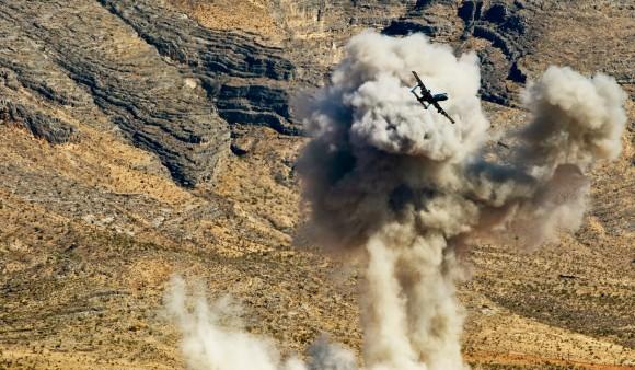 A-10 da Weapons School de Nellis em exercício de emprego de armas - foto 2 USAF