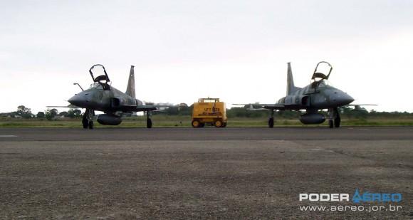 Caças F-5EM da FAB - foto Nunão - Poder Aéreo