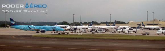 Aeronaves da frota da Azul em Viracopos - Campinas - São Paulo - foto Nunão - Poder Aéreo