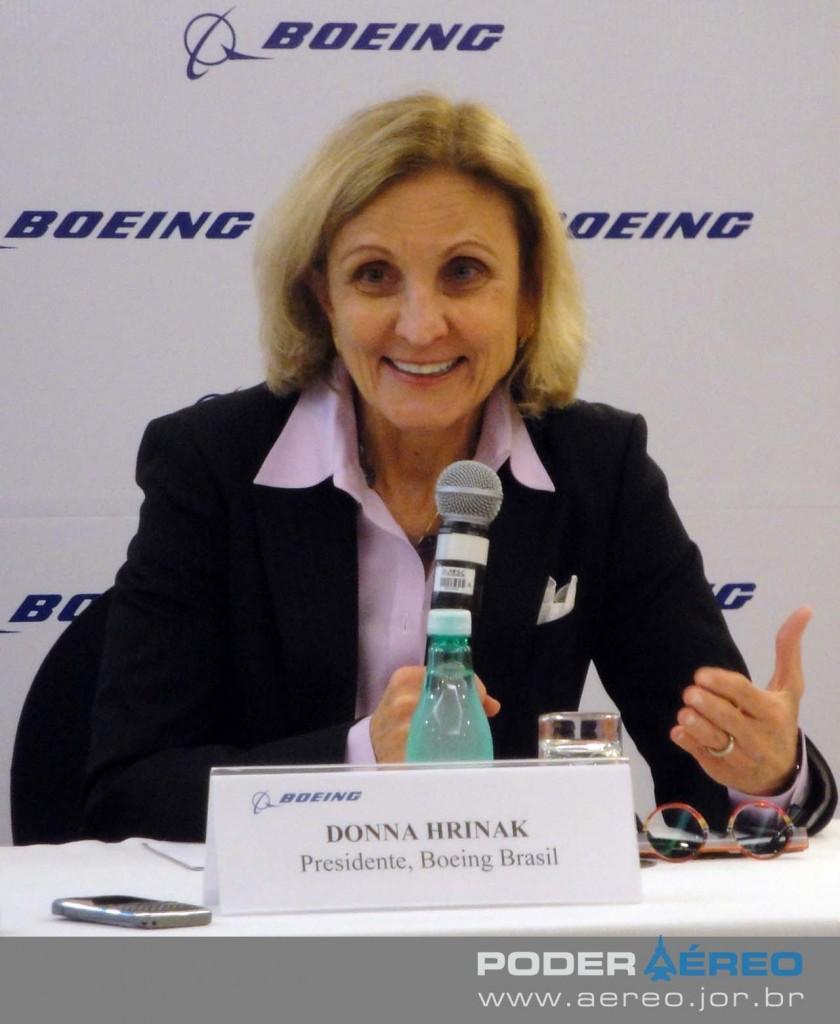 Donna Hrinak - coletiva Boeing anúncio Centro de Pesquisa no Brasil - foto Nunão - Poder Aéreo