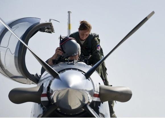 T-6 Texan II passa a ser usado como aggressor em Nellis - foto USAF