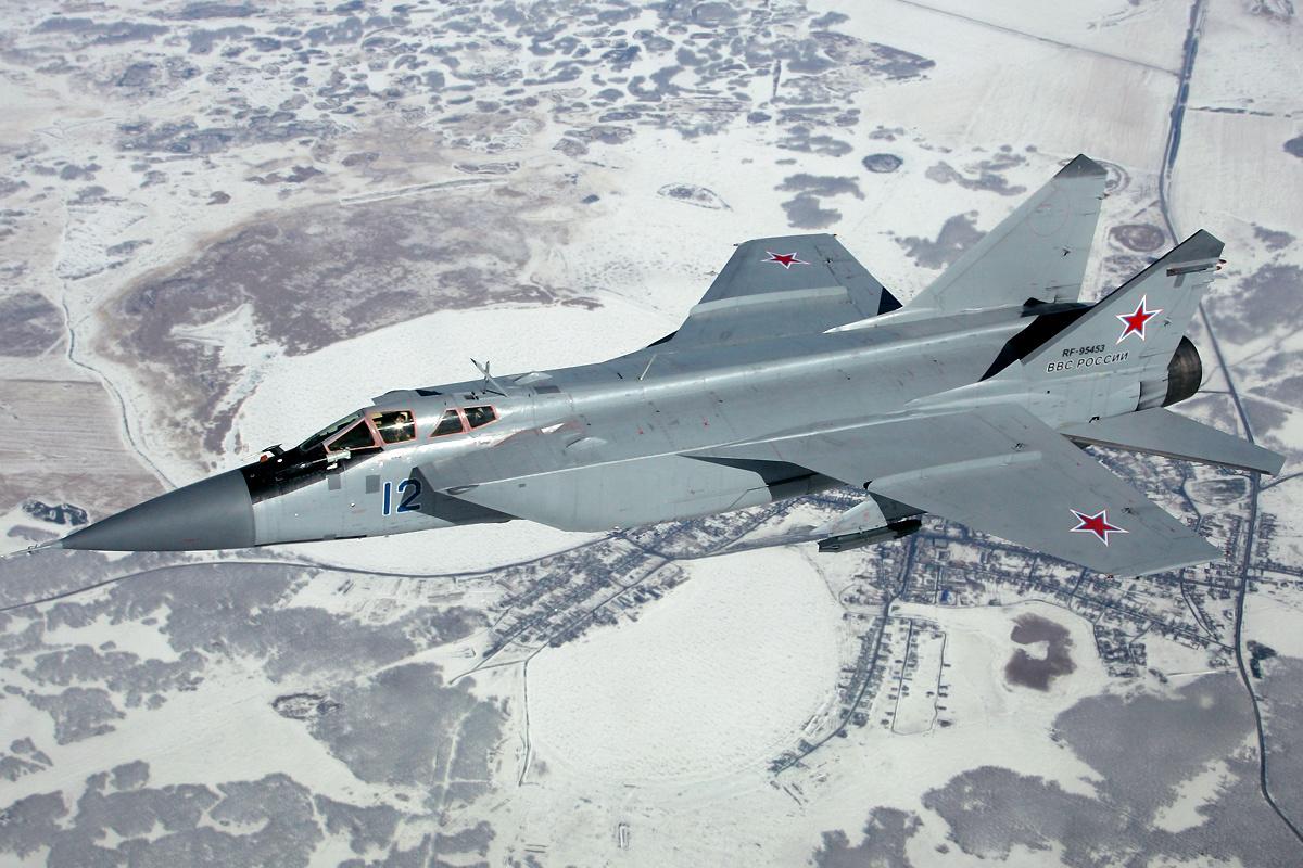 Russian_Air_Force_Mikoyan-Gurevich_MiG-31_Pichugin-1